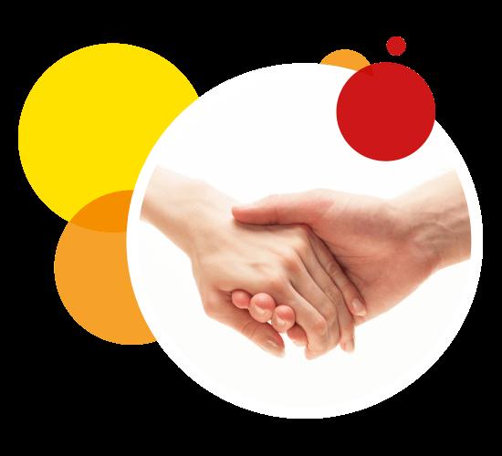 Rundes Bild von zwei händehaltenen Menschen
